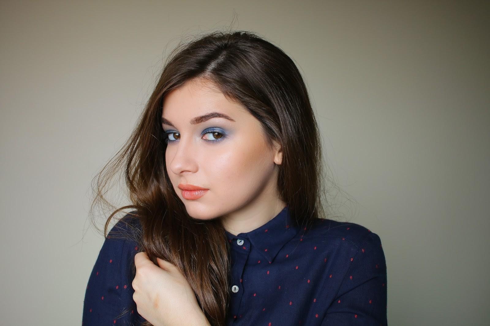 blue-smokey