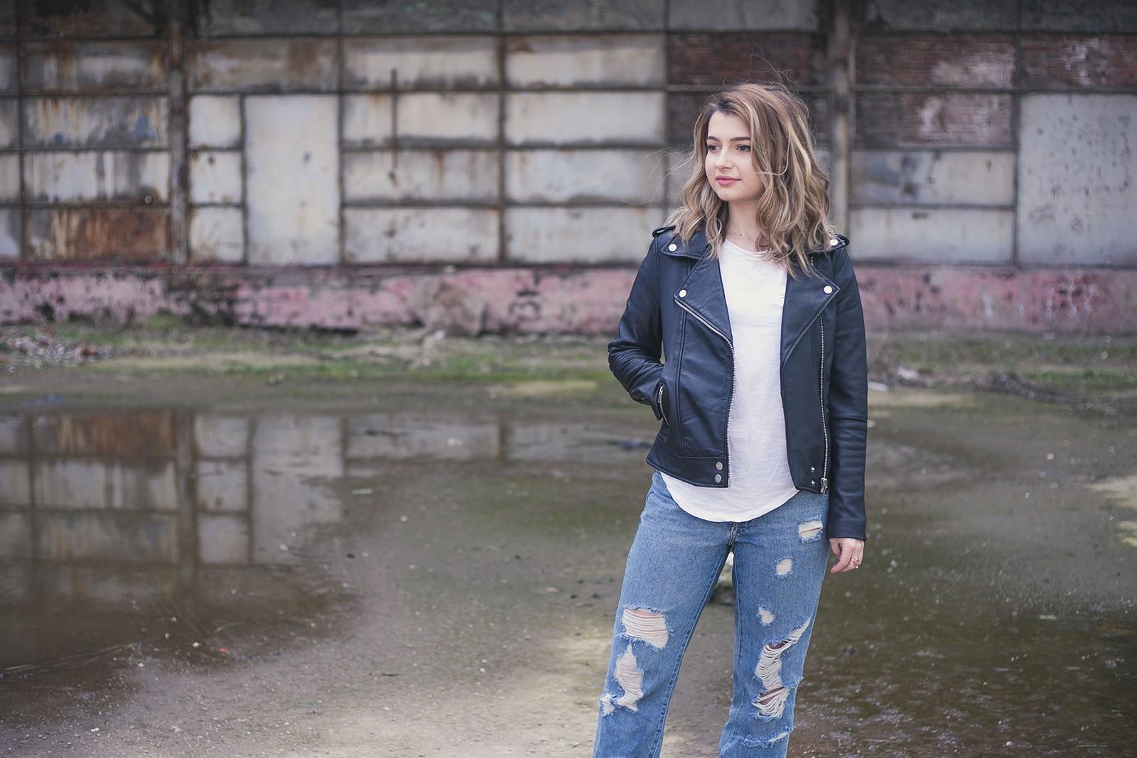 denisaismam-leather-jacket-boyfriend-jeans-burgundy-bag_1860