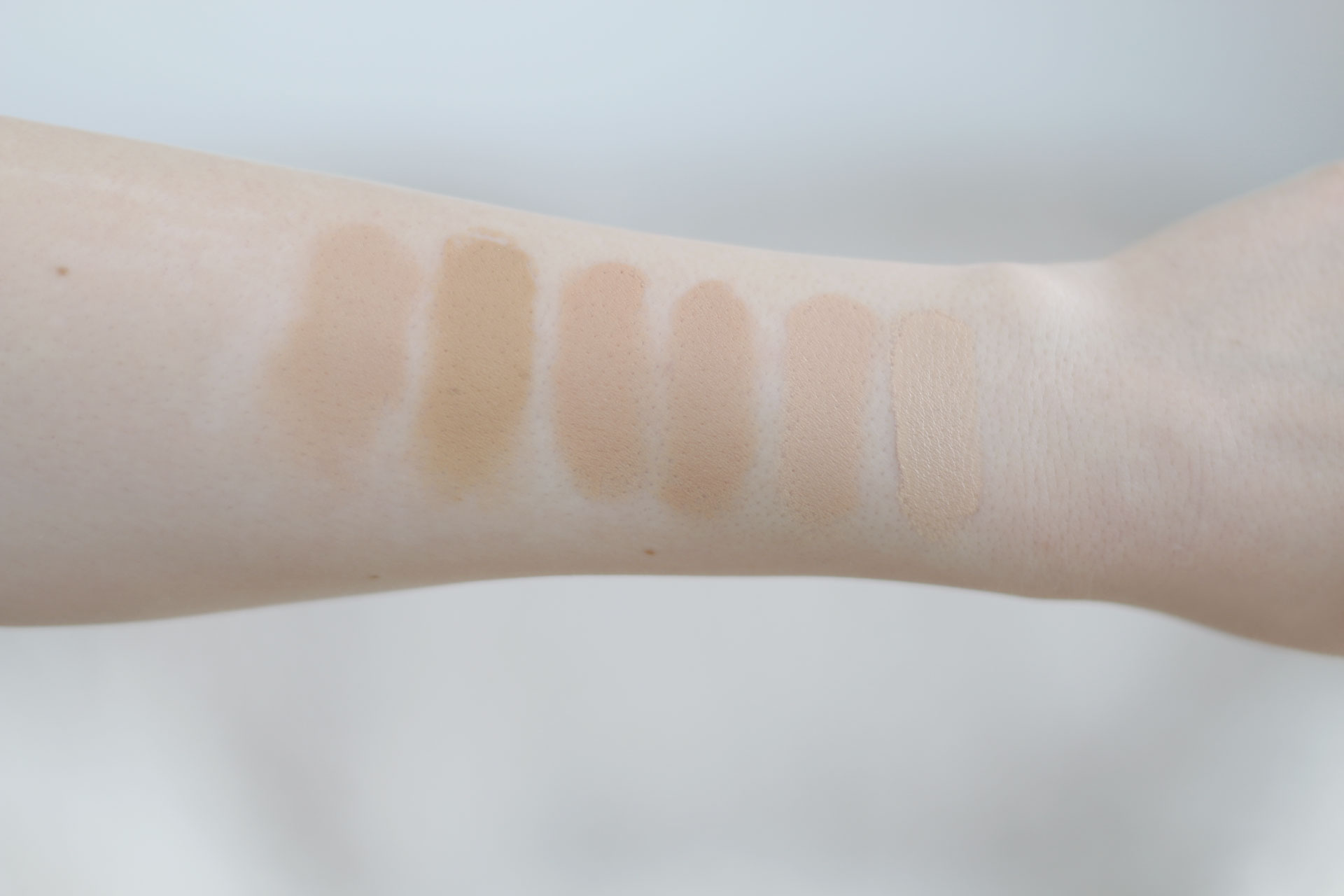 denisasimam-fitme-matte&poreless-foundation-maybelline-swatches